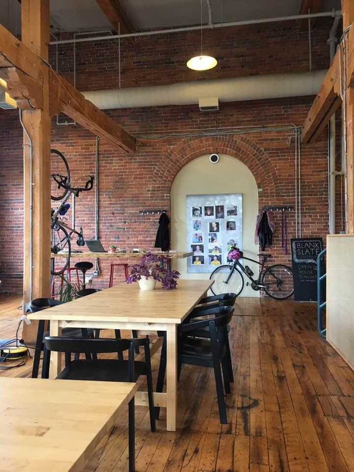 coworking space, digital nomad